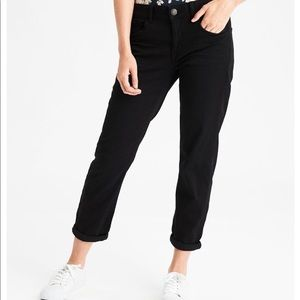 AEO Tomgirl Jeans